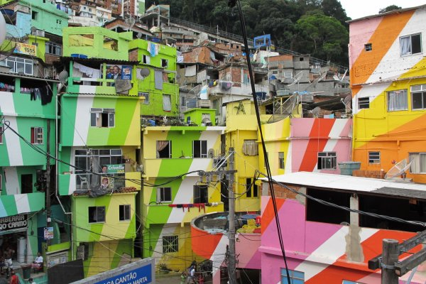 Image for article 'Colorful Favelas'