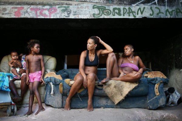 Image for article 'The invisible refugees from the favelas in Rio'